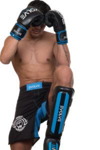Evolve Combat - Shin Pads - Boksehansker - Combat Shorts